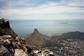 Vy uppe från Table Mountain (Lions Head)
